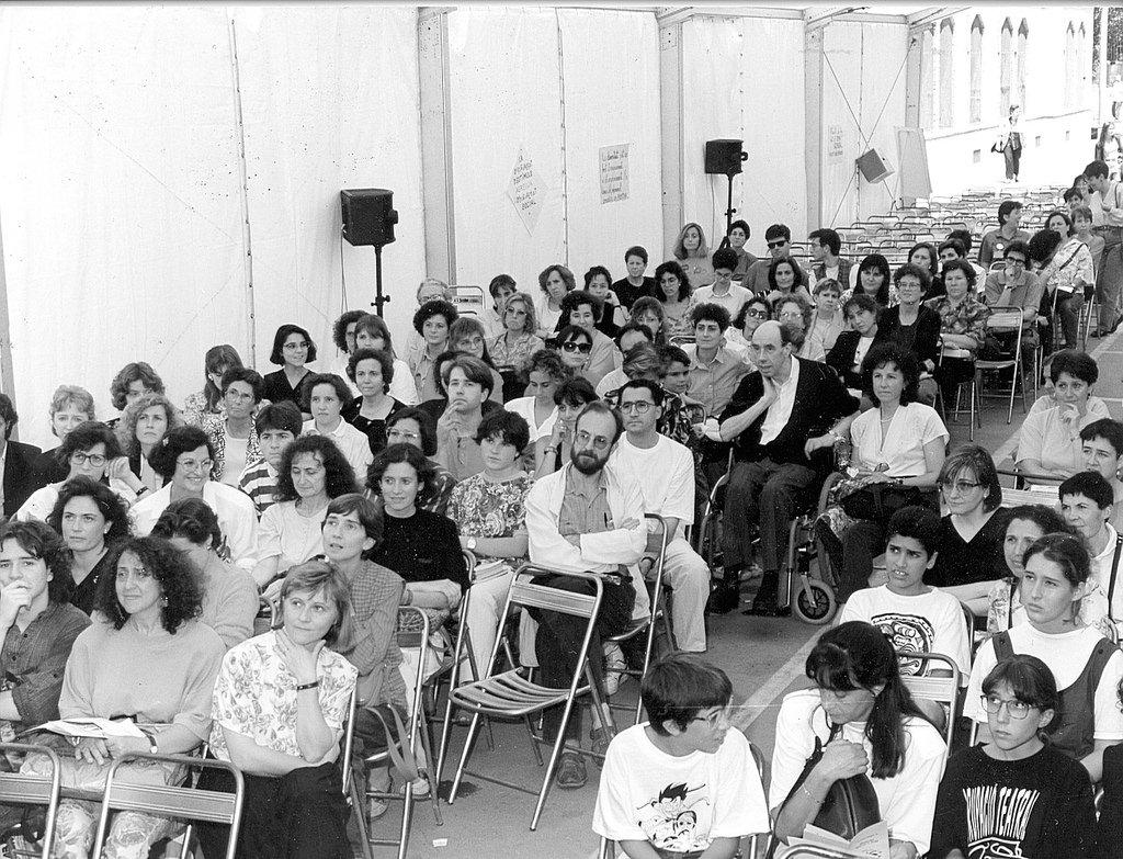 Miquel Martí Pol, a l'Escola d'Estiu de 1992. / ARXIU ROSA SENSAT